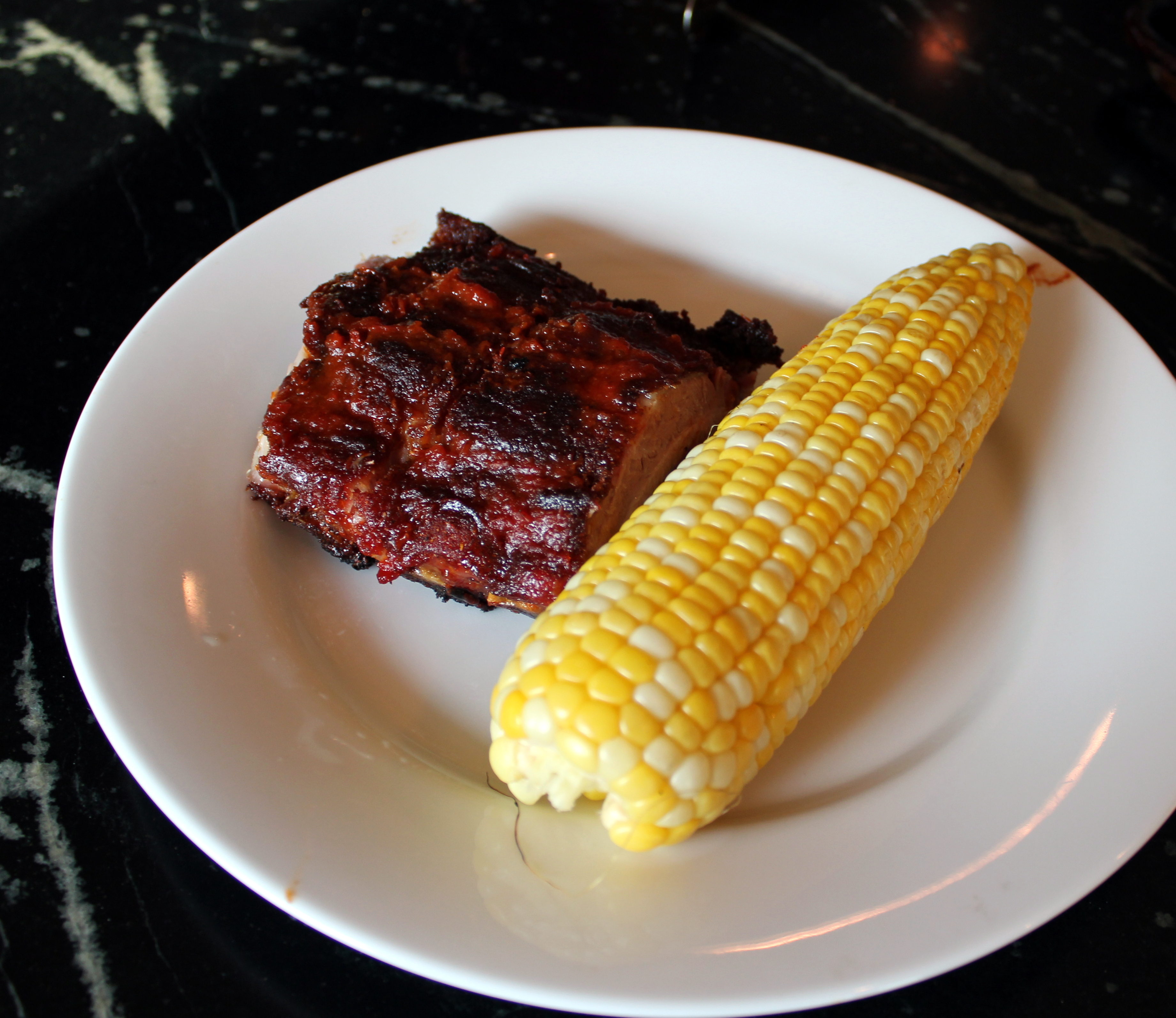 ribs and corn on the cob