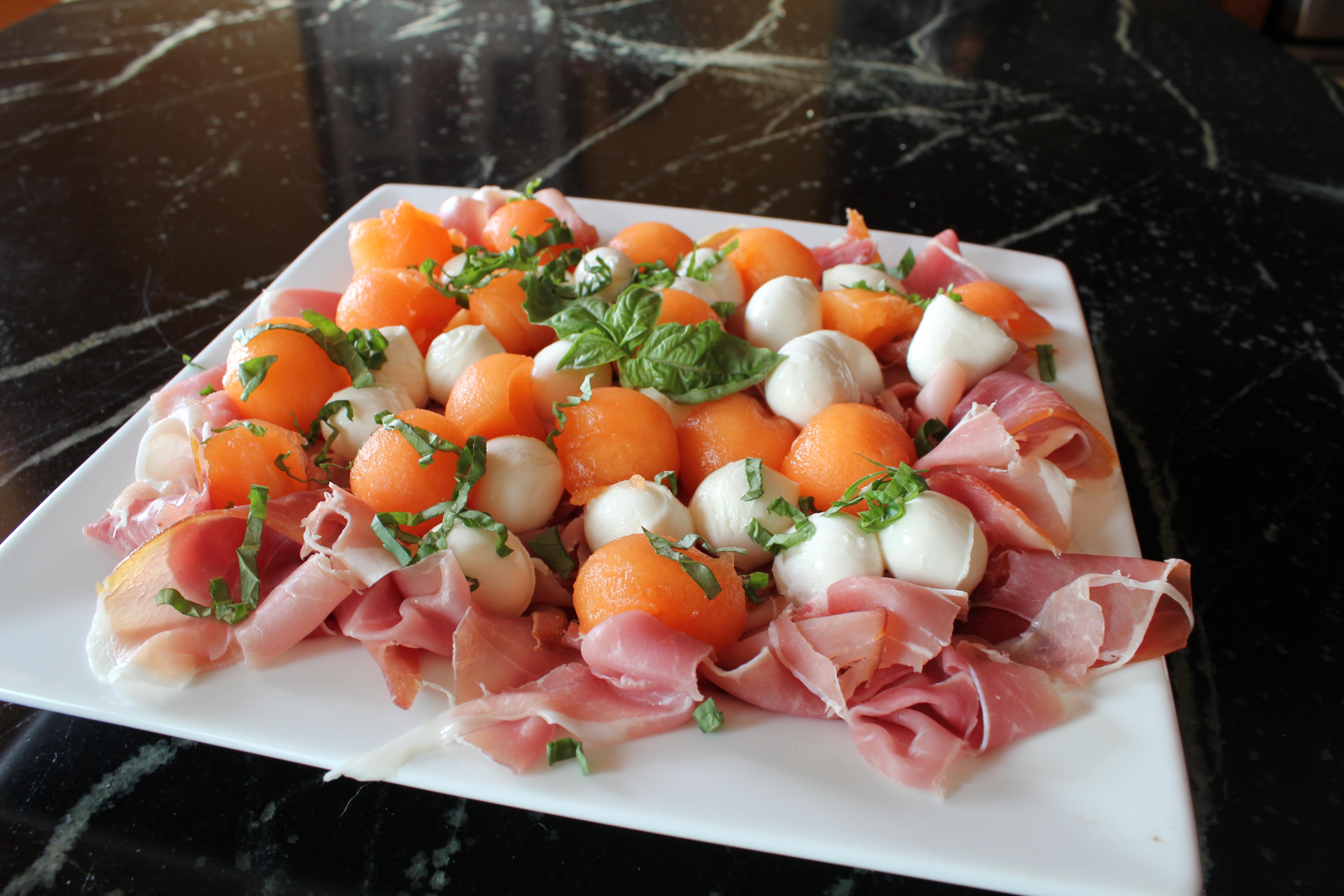prosciutto mozzarella and melon