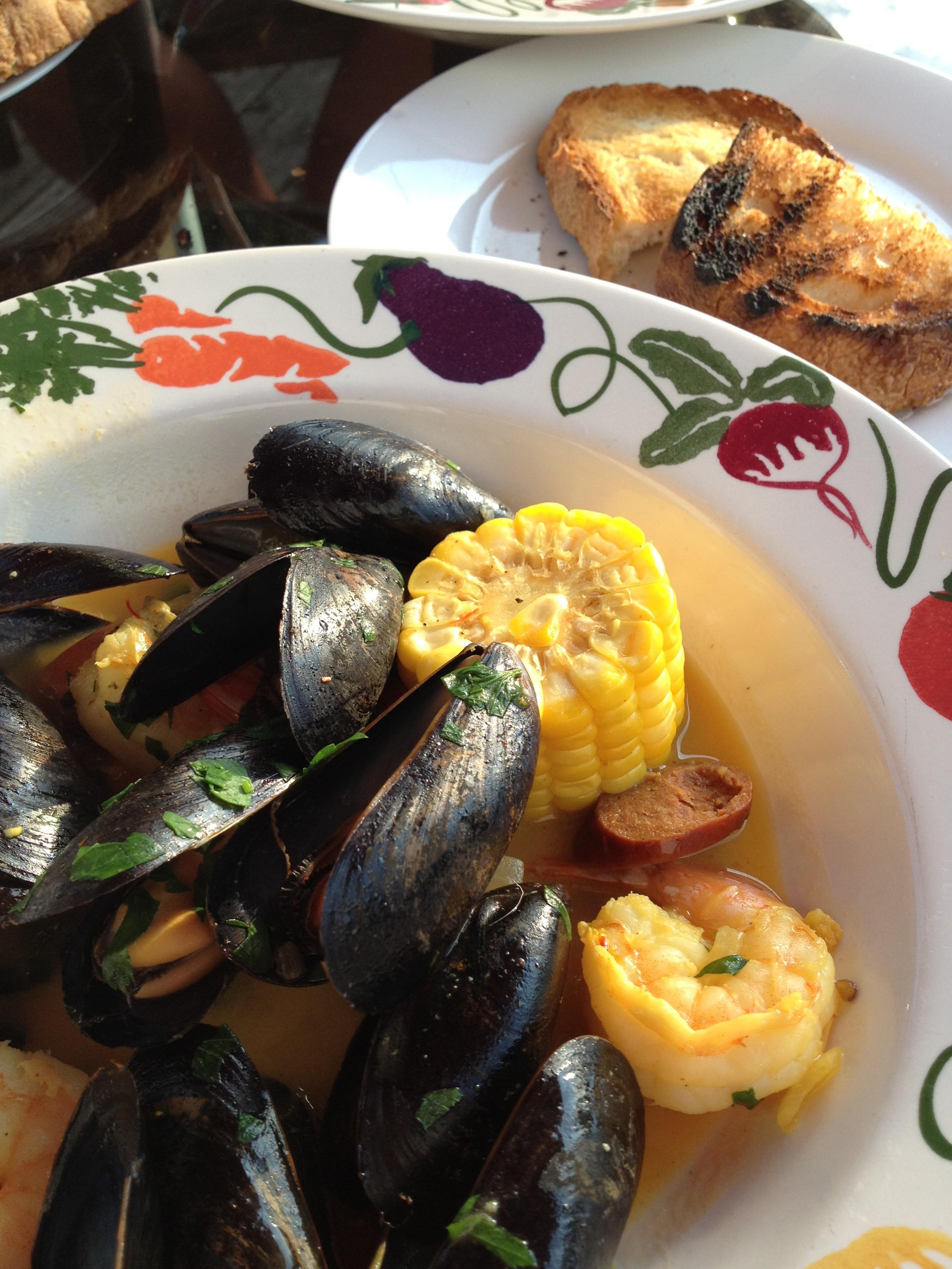 shrimp, mussels and chorizo (10)