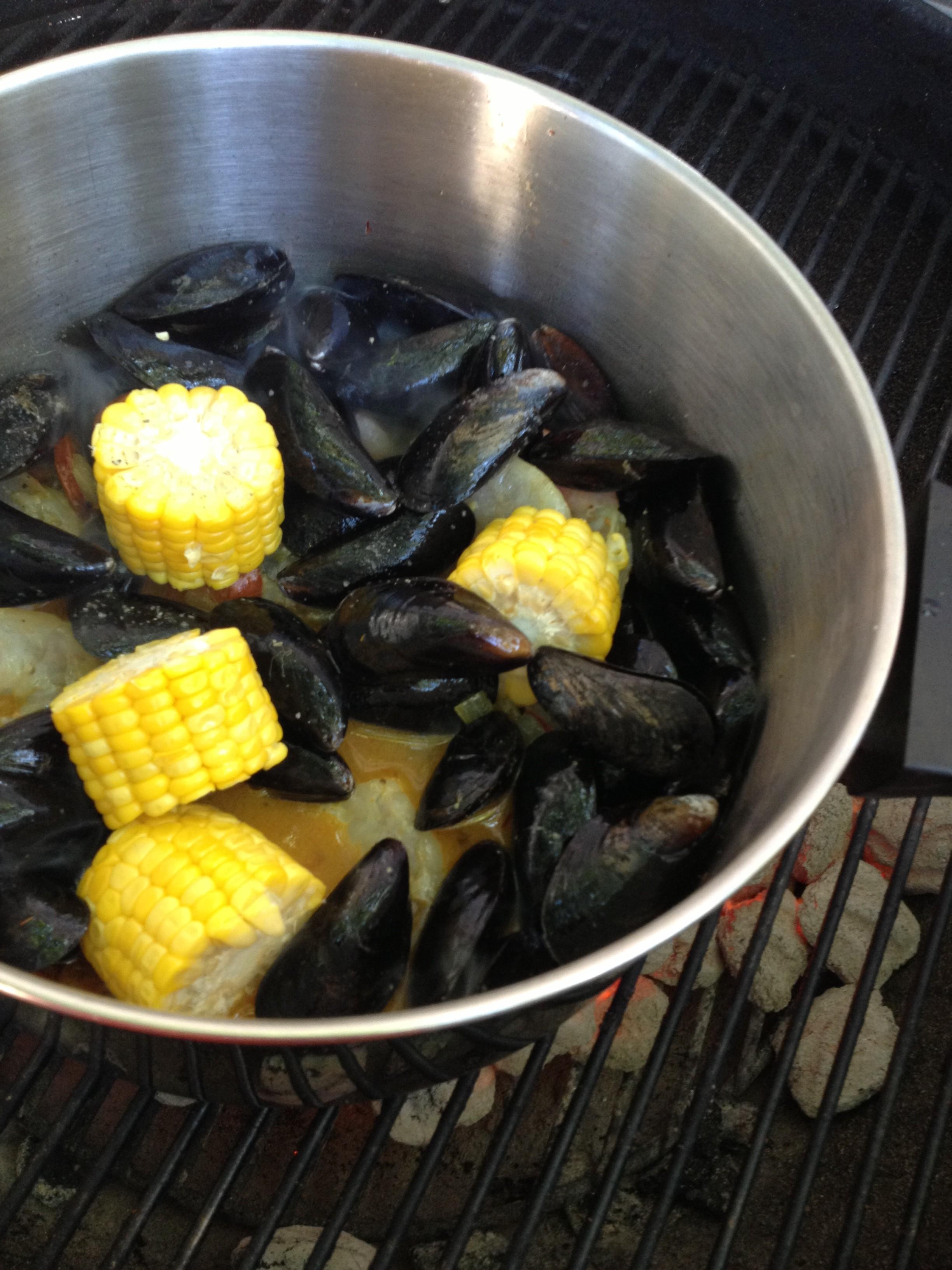 shrimp, mussels and chorizo (4)