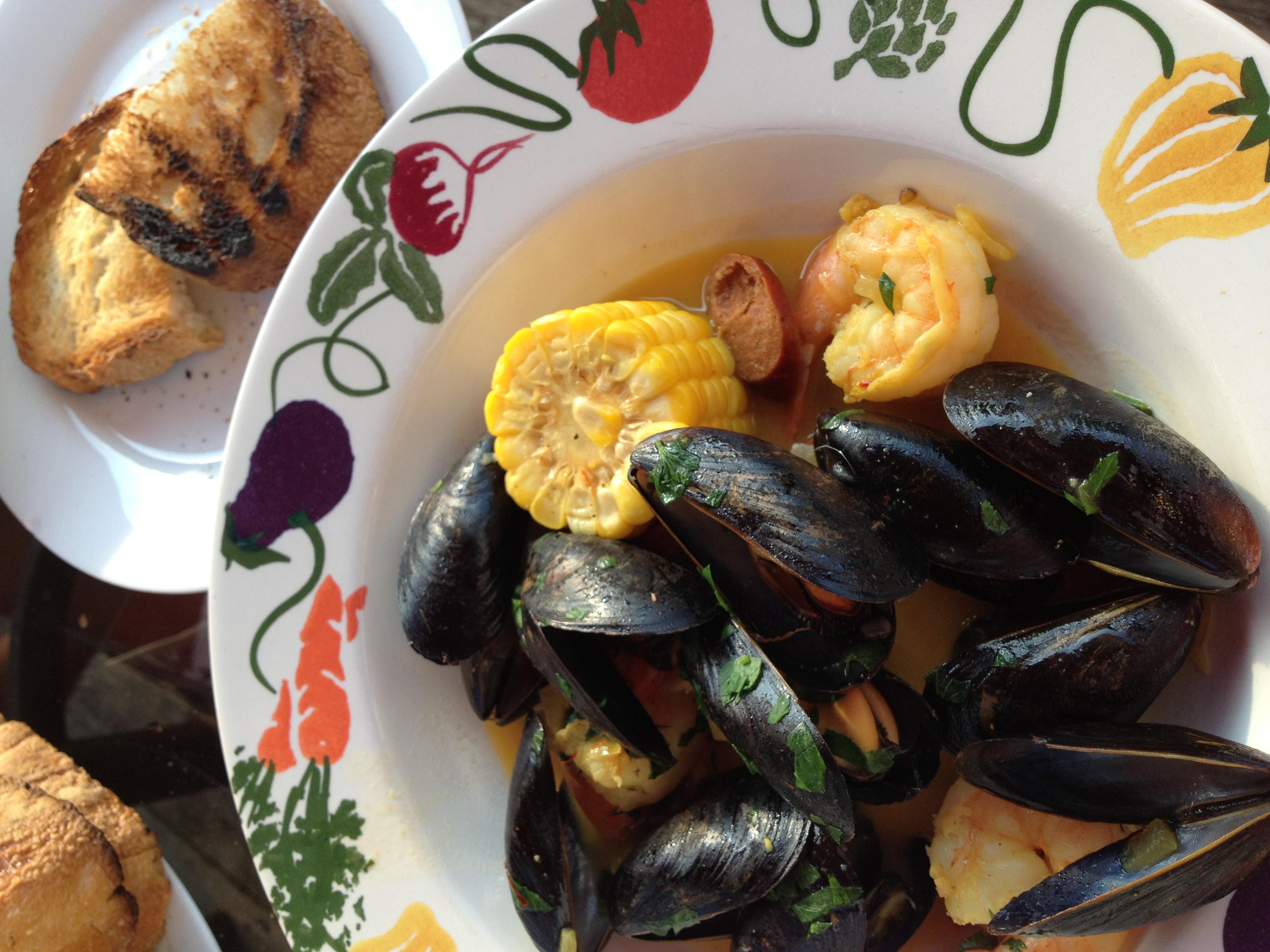 shrimp, mussels and chorizo (9)